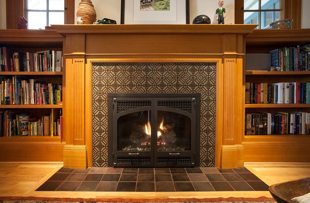 Hawthorne Tile | Portland Arts & Crafts Kitchen, Fireplace