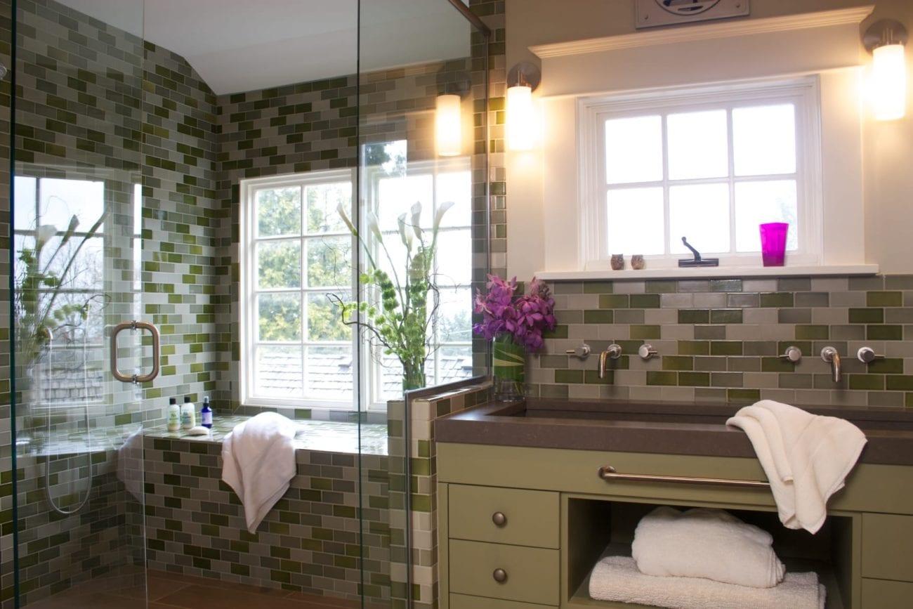 Hawthorne Tile | Green & Blue Subway Tile Bathroom
